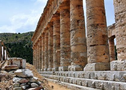Sagunto tempio greco